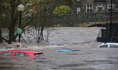 art-of-location-cars-underwater-700x415