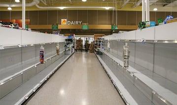 art-of-location-empty-shelves-750x445