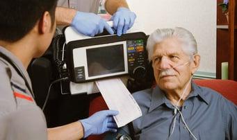 medic-patient-ecg