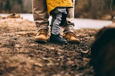 parent-child-walk-1000x667